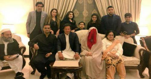 Splitsville for Imran Khan and Bushra Maneka?