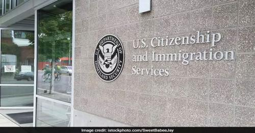 130 US lawmakers back work permits for H-1B spouses