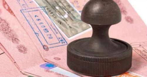 Oman working on new temporary work permits for expats