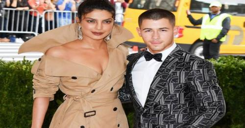 Nick Jonas and Priyanka Chopra confirmed they're dating with these Instagram comments
