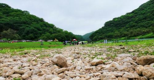 Omanis dominate visitors to salalah, Oman tourism, Salalah tourism, number of visitors to salalah