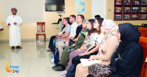 38 expat students attend Arabic course classes in Oman