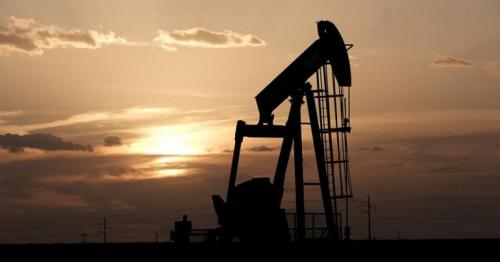 Oil falls after Saudi Arabia, Russia delay meeting
