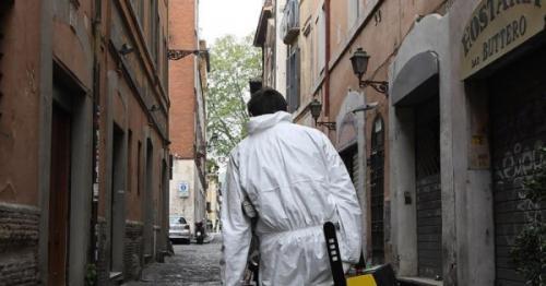 Italy registers 162,488 coronavirus cases, death toll at 21,067