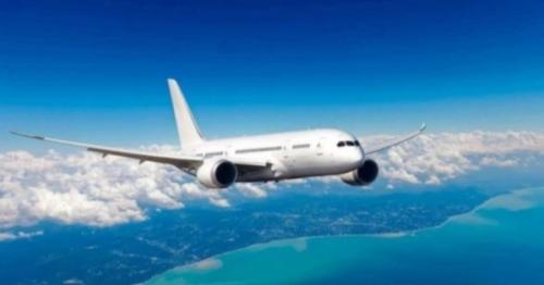 Oman resumes some domestic flights
