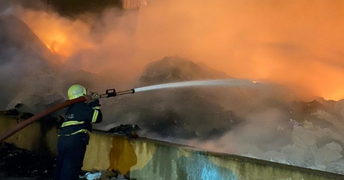 Fire breaks out in Raysut industrial area