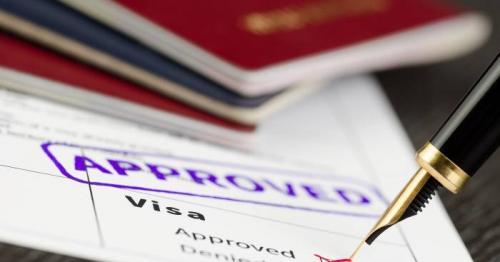 Oman resumes issuing new work visas; tourist visas still suspended