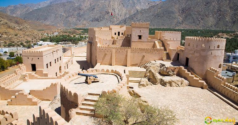 Nakhal Fort - Castle in Nakhal