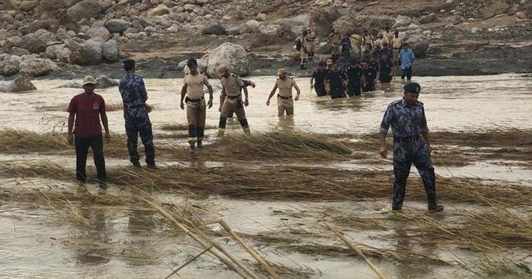 Authorities find bodies of two more deceased in Wadi Bani Khalid