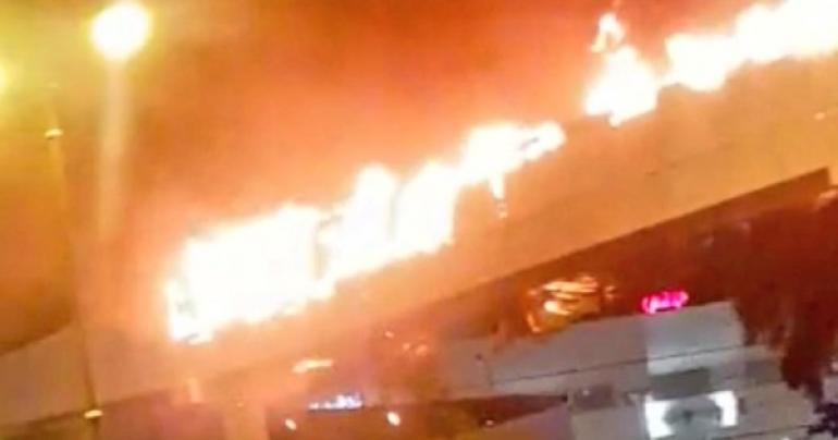 Massive fire breaks out at pedestrian bridge in Oman, latest oman news, the Public Authority of Civil Defence and Ambulance (PACDA), Muscat latest news, Latest news in Oman