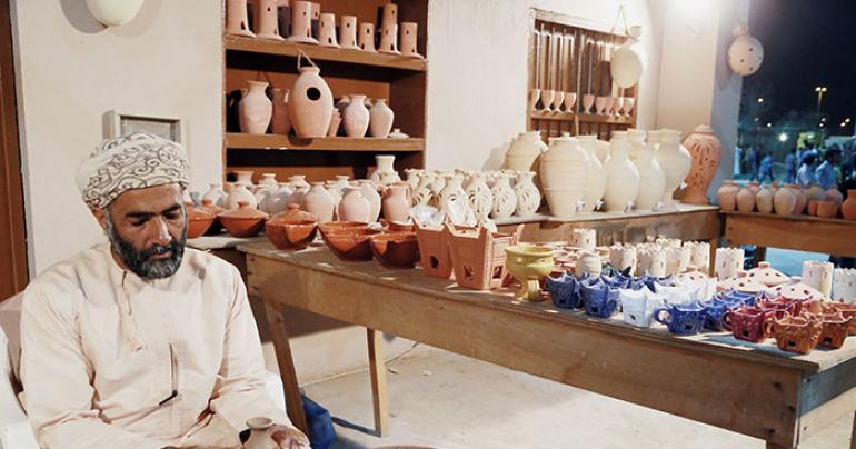 Keeping alive Oman's traditional handicrafts